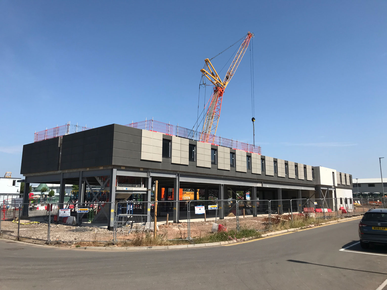 138-bedroom Holiday Inn Express construction project